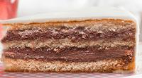Vanille cake met nougatvulling