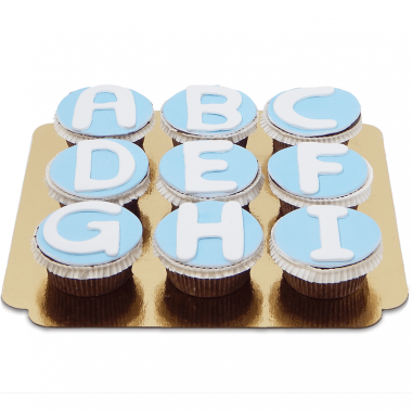Letter-cupcakes