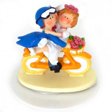 Bruidspaar op de fiets, Taartenfiguur