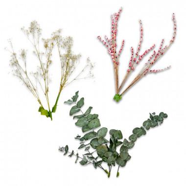 Gedroogde bloemen taartdecoratie met Eucalyptus, gipskruid en roze Lavendel