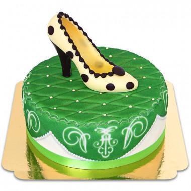 Groene deluxe taart met chocoladeschoen en lint