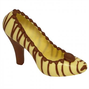 Witte chocolade schoen met bruine strepen